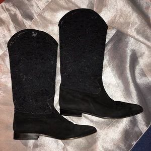 Stunning ANNE KLEIN 2 suede and lace boots 7.5M